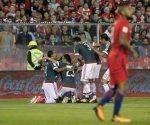 Paraguay celebra la victoria, mientras Vidal se va con su eeror a cuestas. Foto: Redacción10