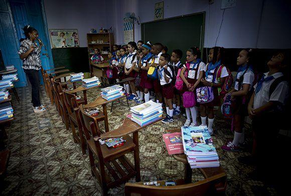 """Ir a la escuela es dejar de ser """"pequeños"""" para convertirnos en """"niños grandes"""". Foto: Irene Pérez/ Cubadebate."""
