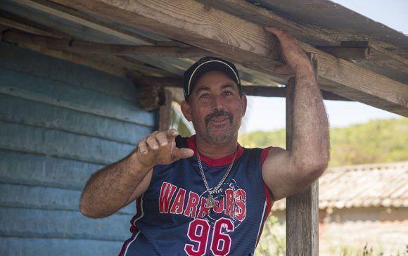 Jorge Barrueta vecino de Puerto Escondido, Santa Cruz del Norte, Mayabeque. Foto: Jennifer Romero