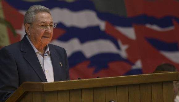 Raúl Castro envió felicitaciones a la FEEM en su aniversario 47. Foto: Ismael Francisco/ Cubadebate/ Archivo