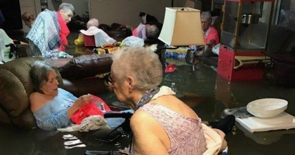 Captura de video muestra una residencia de ancianos en Texas. Foto: Archivo.
