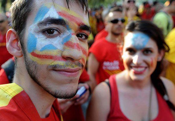Las instituciones españolas estrecharon el cerco contra una consulta que consideran inconstitucional. Foto: EFE.