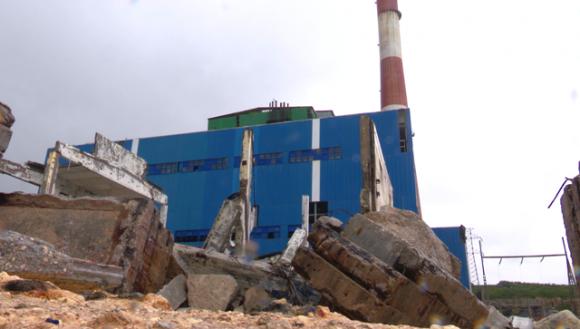 Irma provoca serios daños en la termoeléctrica Antonio Guiteras de Matanzas. Foto: Tv Yumuri
