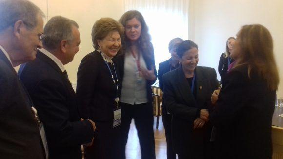 Agradable y cordial el encuentro con la senadora Karelova.