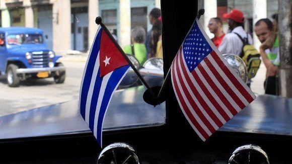 Estas medidas incluyen vetar a los estadounidenses de hacer transacciones con más de 180 entidades de la nación caribeña. Foto: Prensa Latina.