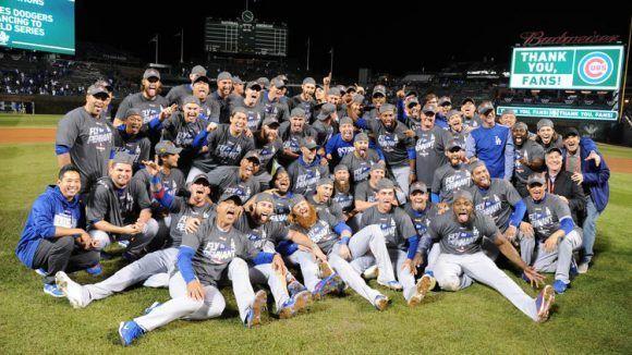 Los Ángeles de fiesta en el béisbol estadounidense. Foto: Chicago Tribune.