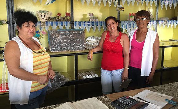 En zonas afectadas por el huracán Irma, el PMA complementa la respuesta gubernamental en materia de alimentación. Foto: PMA.