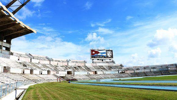 La pista del Estadio Panamericano es una de las prioridades de la instalación. Foto: Mónica Ramírez