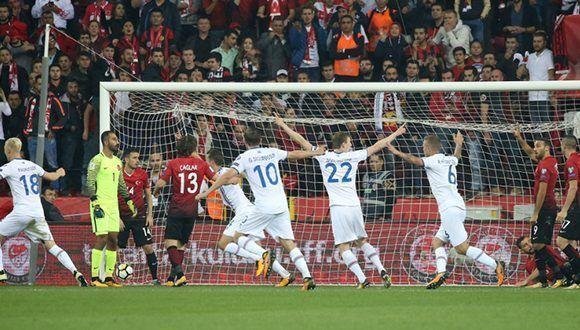 Islandia asalta Turquía (0-3) y roza su histórica clasificación al Mundial. Foto: Marca