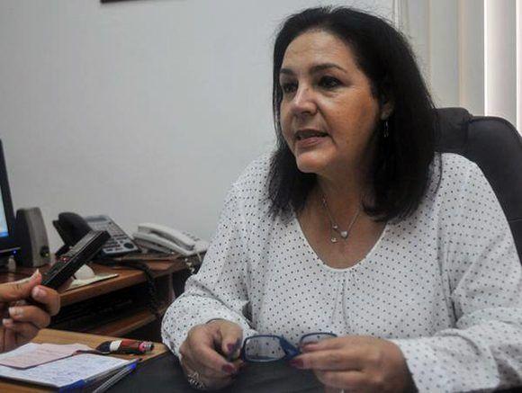 Odalys Seijo García, vicepresidenta de la Cámara de Comercio de la República de Cuba, ofrece declaraciones a la Agencia Cubana de Noticias (ACN), acerca de la próxima realización de la Feria Internacional de La Habana, FIHAV 2017. Foto: Oriol de la Cruz/ ACN.