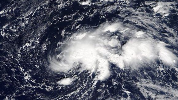 Ofelia afectó a las islas británicas todavía con la categoría de huracán. Luego se convirtió en una tormenta post-tropical. Foto: NASA.