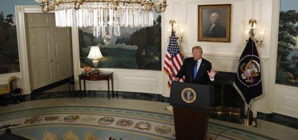 Trump anuncia la nueva estrategia de Estados Unidos sobre Irán. Foto: Reuters.