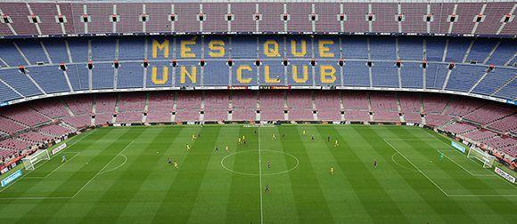 Vista general del Camp Nou vacío, en el partido entre el Barcelona y Las Palmas, jugado a puertas cerradas, el 1 de octubre de 2017. Foto: Albert Gea / Reuters.