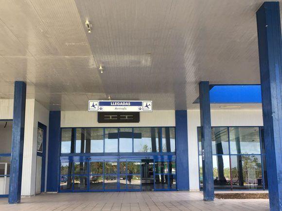 Aeropuerto Jardines del Rey ya en funcionamiento. Foto: Carmen Casal, tomada de su página de Facebook.