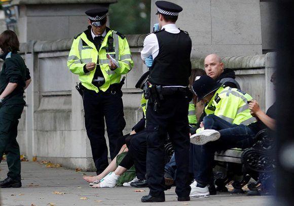 La Policía no informó el número de personas heridas en South Kensignton, Londres. Foto: Peter Nicholls/ Reuters.