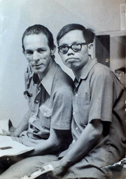Augusto con Miguel Viña, el fotógrafo de Prensa Latina que lo captó junto al Che y Noup. Foto: Marta Llanes/ Prensa Latina.