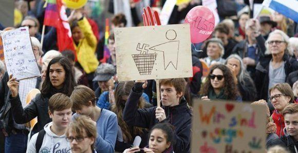 Un momento de la manifestación contra la entrada de Alternativa para Alemania en el Parlamento alemán. - REUTERS