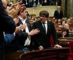 Carles Puigdemont y Oriol Junqueras salen de la reunión de JXSí, antes de comparecer ante el pleno del Parlament para trasladar los resultados de la jornada del 1-O. Foto: EFE.