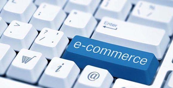 el comercio electrónico, también conocido como E-commerce, funciona como una tienda en línea. Foto: Granma.