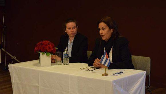 Elba Rosa Pérez, ministra cubana de CITMA, presentó hoy en la Unesco la Tarea Vida. Foto: PL