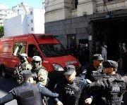 El cuerpo hallado en el río con la identificación de Maldonado llega a Buenos Aires para la autopsia. Foto: Télam.