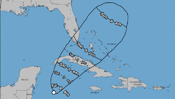 El occidente y el centro de Cuba deben mantenerse informado sobre este fenómeno tropical. Imagen: NHC.