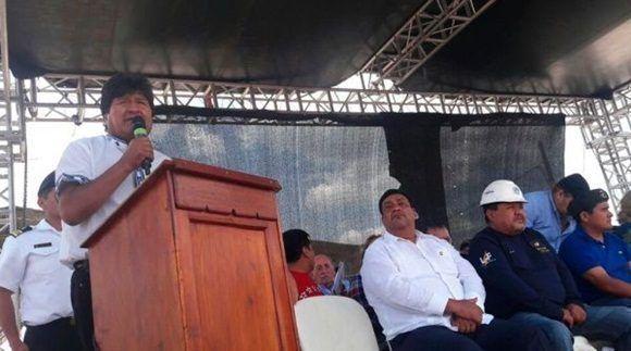 El mandatario boliviano señaló la importancia de la unión de los movimientos sociales. | Foto: @Canal_BoliviaTV.