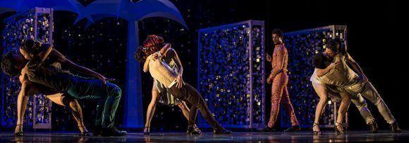 Welcome, una de las más recientes coreografías de la española Susana Pous, inauguró el XVII Festival de Teatro de La Habana en el Gran Teatro de La Habana Alicia Alonso. Foto: Ismael Francisco/ Cubadebate.