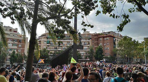 Un paro por la dignidad y en contra de la represión. Foto: @AdaColau.
