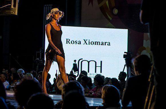 Semana de la Moda en la Habana, colección del diseñadora Rosa Xiomara Valdés. Foto: Ismael Francisco/ Cubadebate.