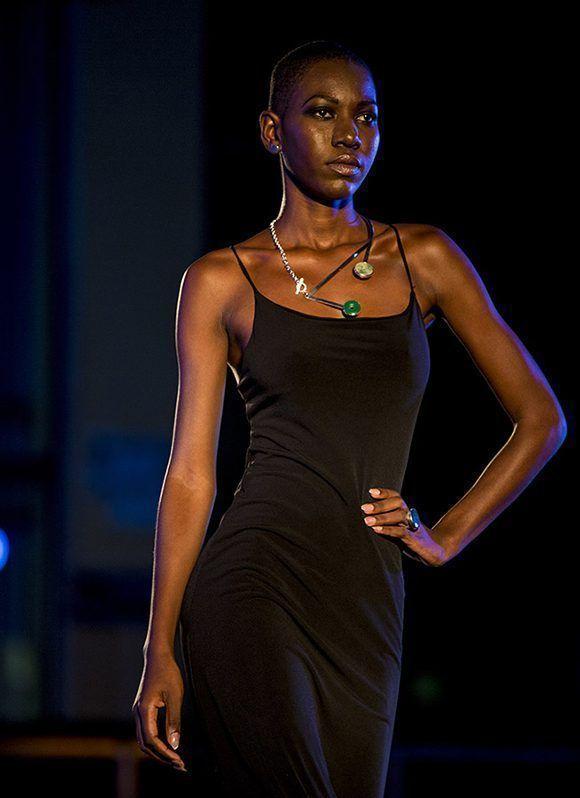 Semana de la Moda en la Habana, colección de ROX 950. Foto: Ismael Francisco/ Cubadebate.