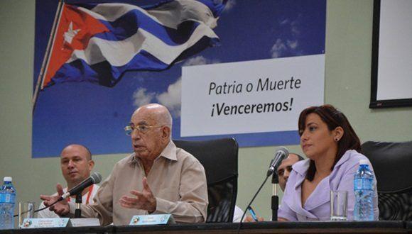 En la Facultad Preparatoria de Ciencias Médicas Casablanca, Machado Ventura estrenó la agenda de trabajo de los delegados cubanos que asistirán a la importante cita mundial.