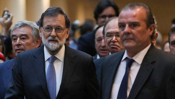 Rajoy a su llegada al Senado. Foto: Susana Vera / Reuters
