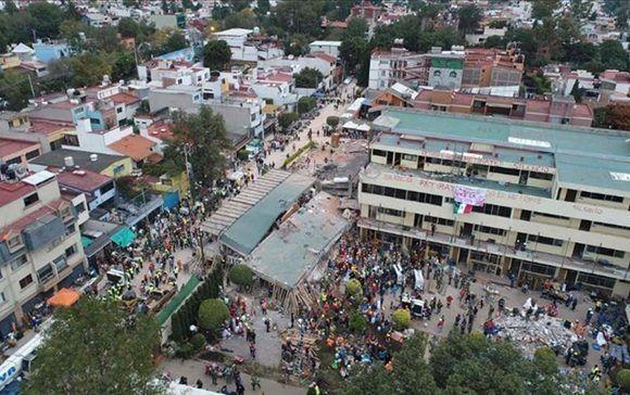 A dos semanas del sismo de 7.1, han muerto 366 personas