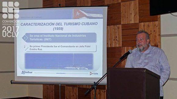 ministro-de-turismo-cubano-convencion
