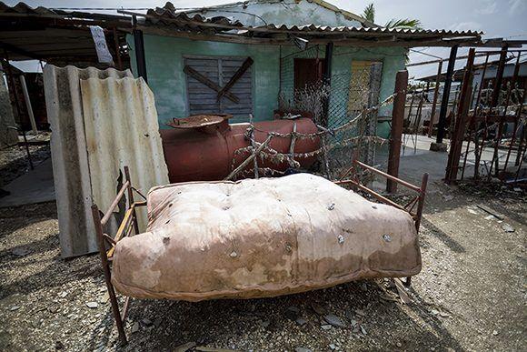 Veintiocho familias viven de manera permanente en Playa Nazábal. Foto: Irene Pérez/ Cubadebate.