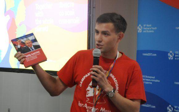 Artem Lepeshkin , joven estudiante de la Universidad Estatal de Moscú. Foto: Luis Mario Rodríguez Suñol / Cubadebate