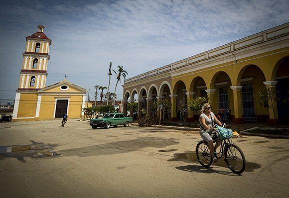 En San Juan de los Remedios convergen la cultura y la historia. Foto: Irene Pérez/ Cubadebate.