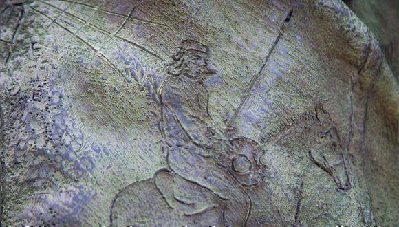 Con la adarga al brazo, como el Quijote. Foto: Irene Pérez / Cubadebate