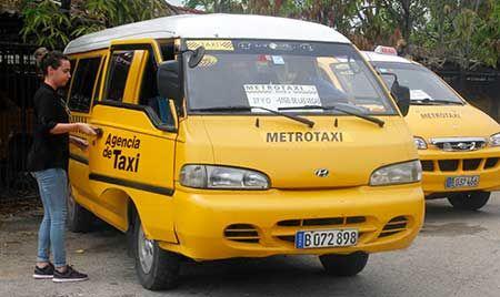 Microbuses climatizados recorrerán el tramo desde Santiago de las Vegas hasta 27 y O, en el Vedado.
