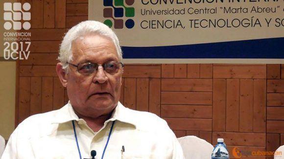 El Dr C. Rodolfo Alarcón Ortiz, ex Ministro de Educación Superior en la Isla y actual profesor titular del Centro de Estudios de Perfeccionamiento de la Educación Superior.