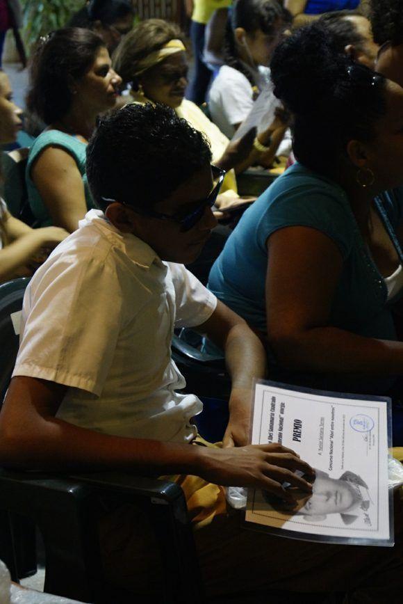 """Yunior es uno de los ganadores del concurso """"Abel entre nosotros"""". Foto: Leysi Rubio / Cubadebate"""