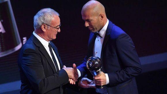 Zidane sucedió en el trono The Best al italiano Claudio Ranieri, quien se llevó el lauro de Mejor Entrenador en 2016, en su primera edición.