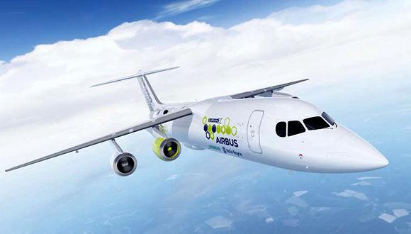 Presentan proyecto de avión híbrido