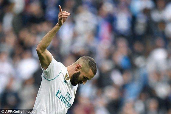 Benzema abrió la cuenta al minuto 9' con su segundo tanto en La Liga. Foto: AFP/ Getty.