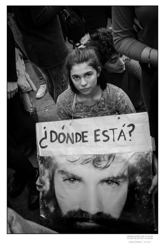 """Foto de la Expo """"Donde estés con tu alma"""", dedicada a Santiago Maldonado. Foto: Carlos Fumagalli"""