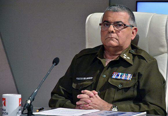 El coronel Víctor López Bravo, jefe del Departamento Nacional de Capitanías de Puerto de la Jefatura Tropas Guardafronteras. Foto. Roberto Garaycoa/ Cubadebate.