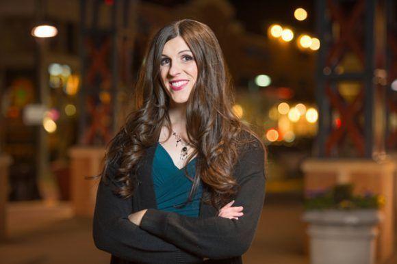 Danica Roem se convirtió en la primera mujer trans electa para un cargo legislativo en Estados Unidos. Foto tomada de Oveja Rosa.