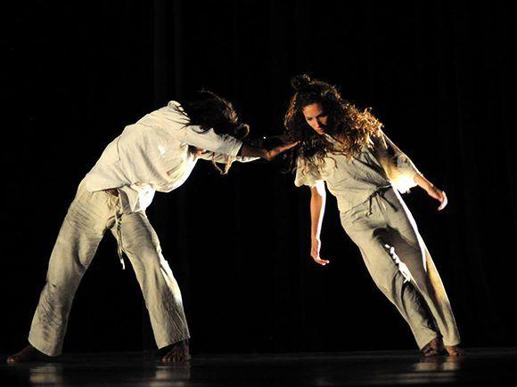 Danza Contemporánea de Cuba estrenará obra de coreógrafa escocesa