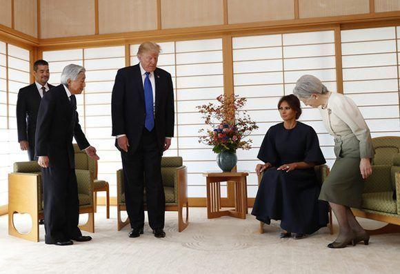En Japón, Donald Trump visitó al Emperador Akihito. Foto: Reuters.